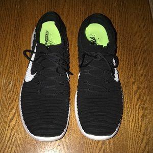 Nike Fkyknit gym shoes